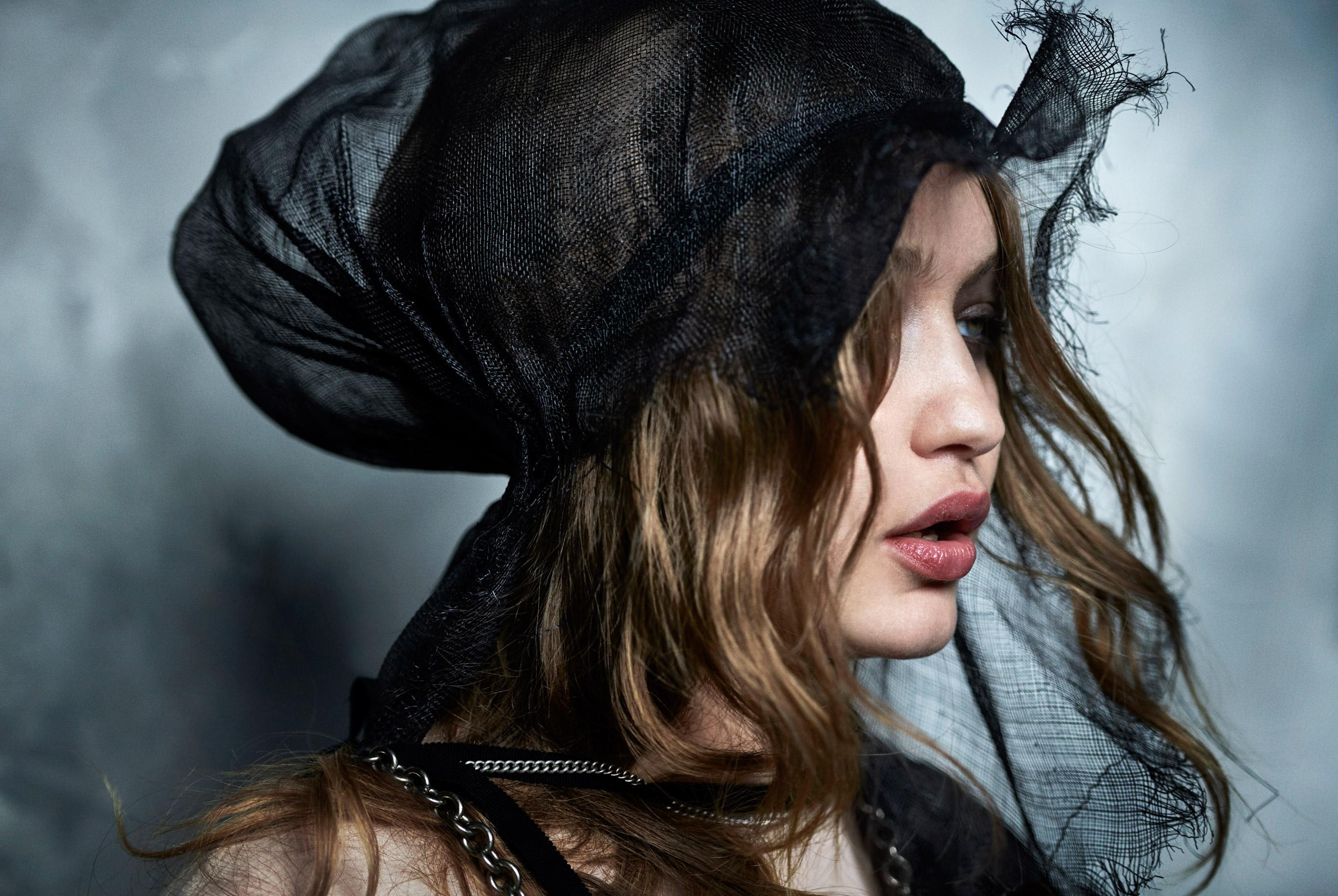 Джиджи Хадид в журнале Vogue Arabia, март 2019 / фото 02