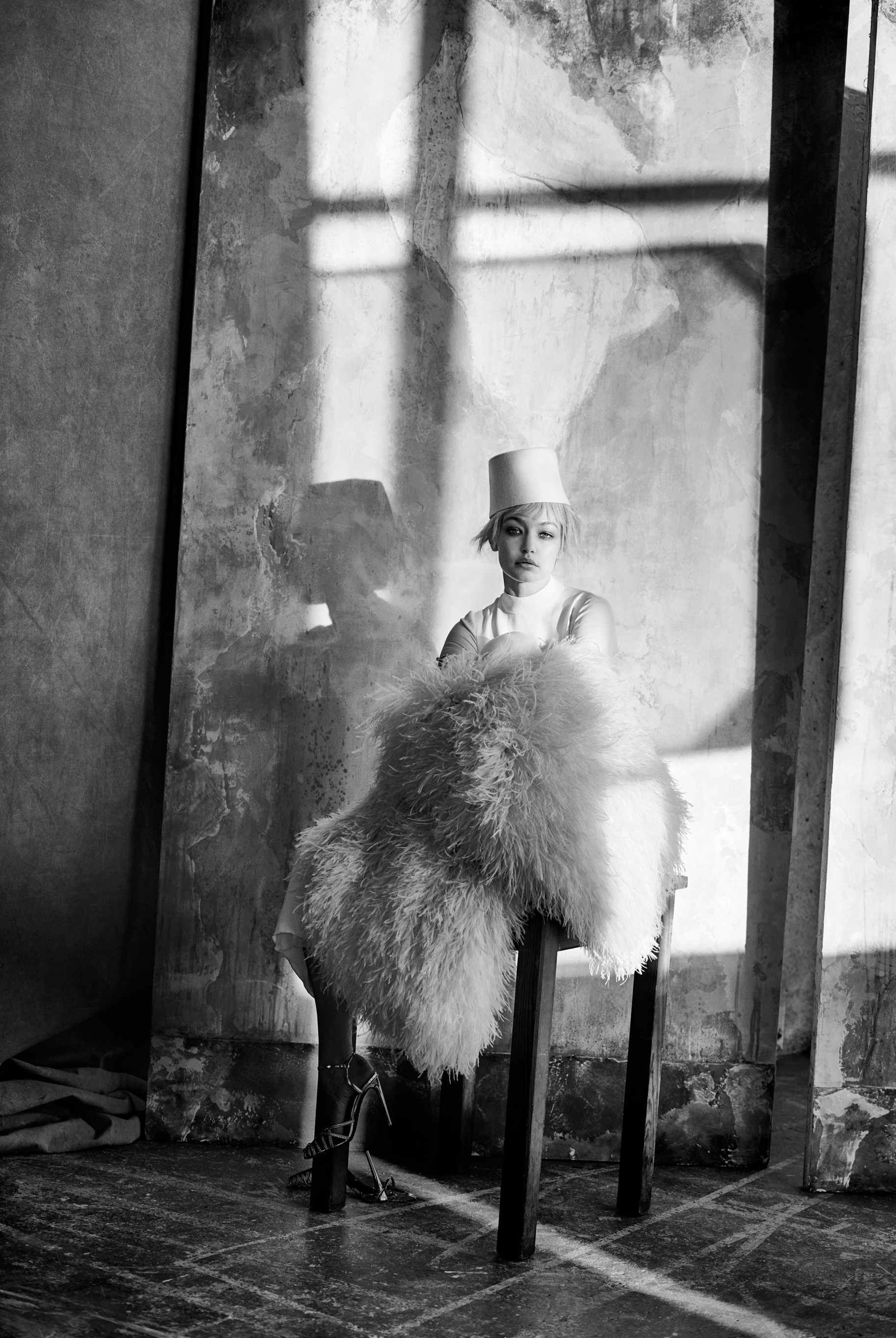 Джиджи Хадид в журнале Vogue Arabia, март 2019 / фото 06