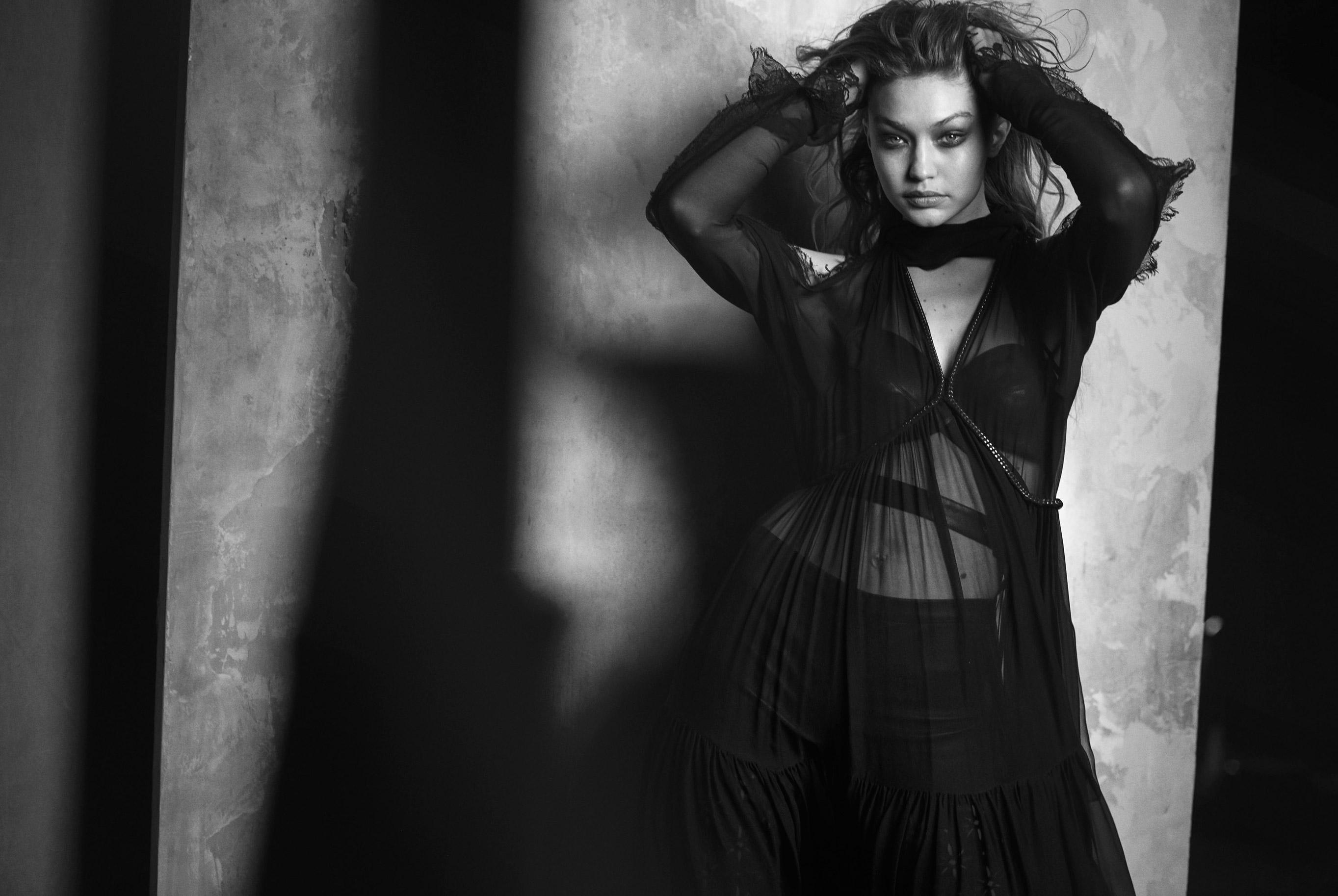 Джиджи Хадид в журнале Vogue Arabia, март 2019 / фото 11