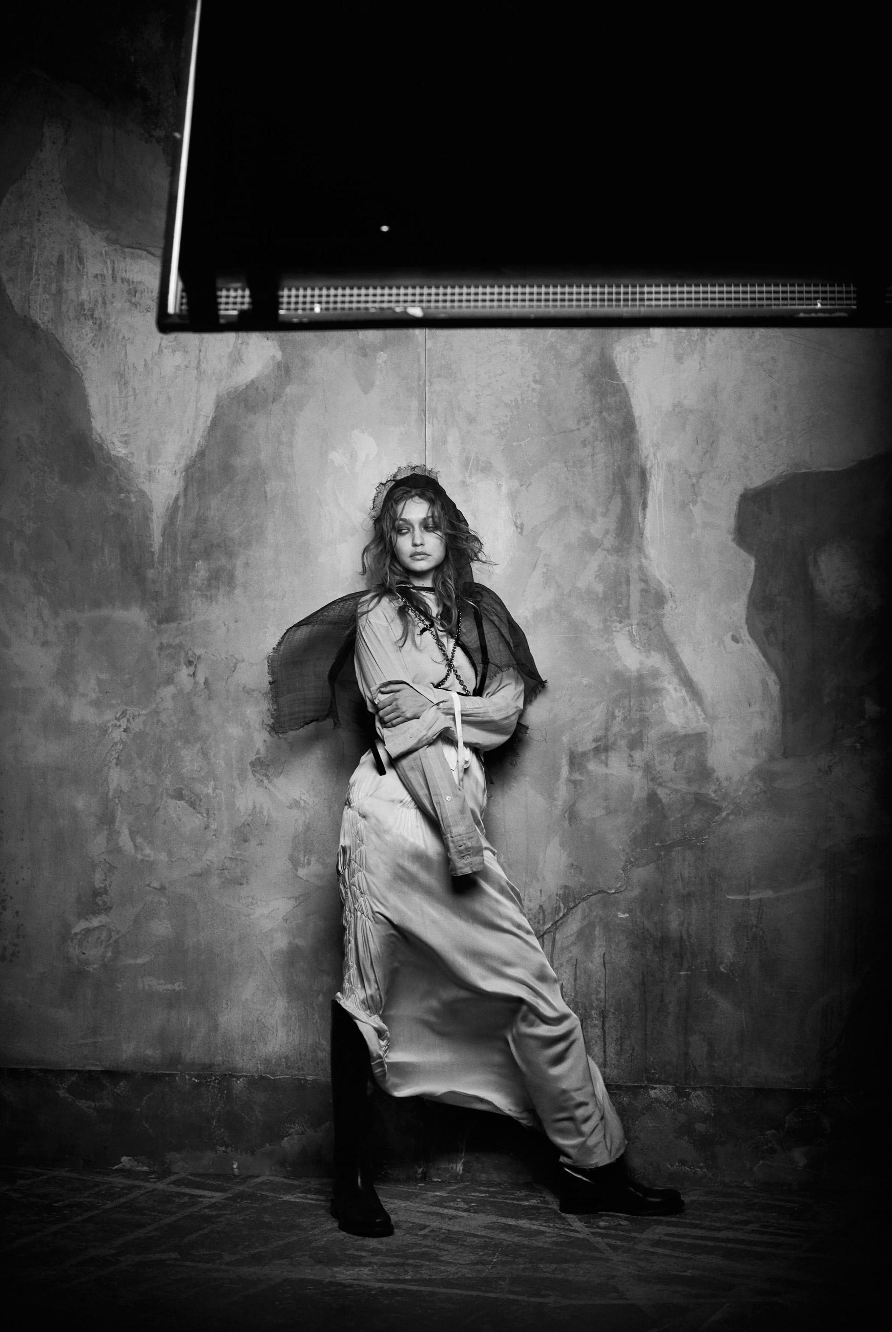 Джиджи Хадид в журнале Vogue Arabia, март 2019 / фото 13