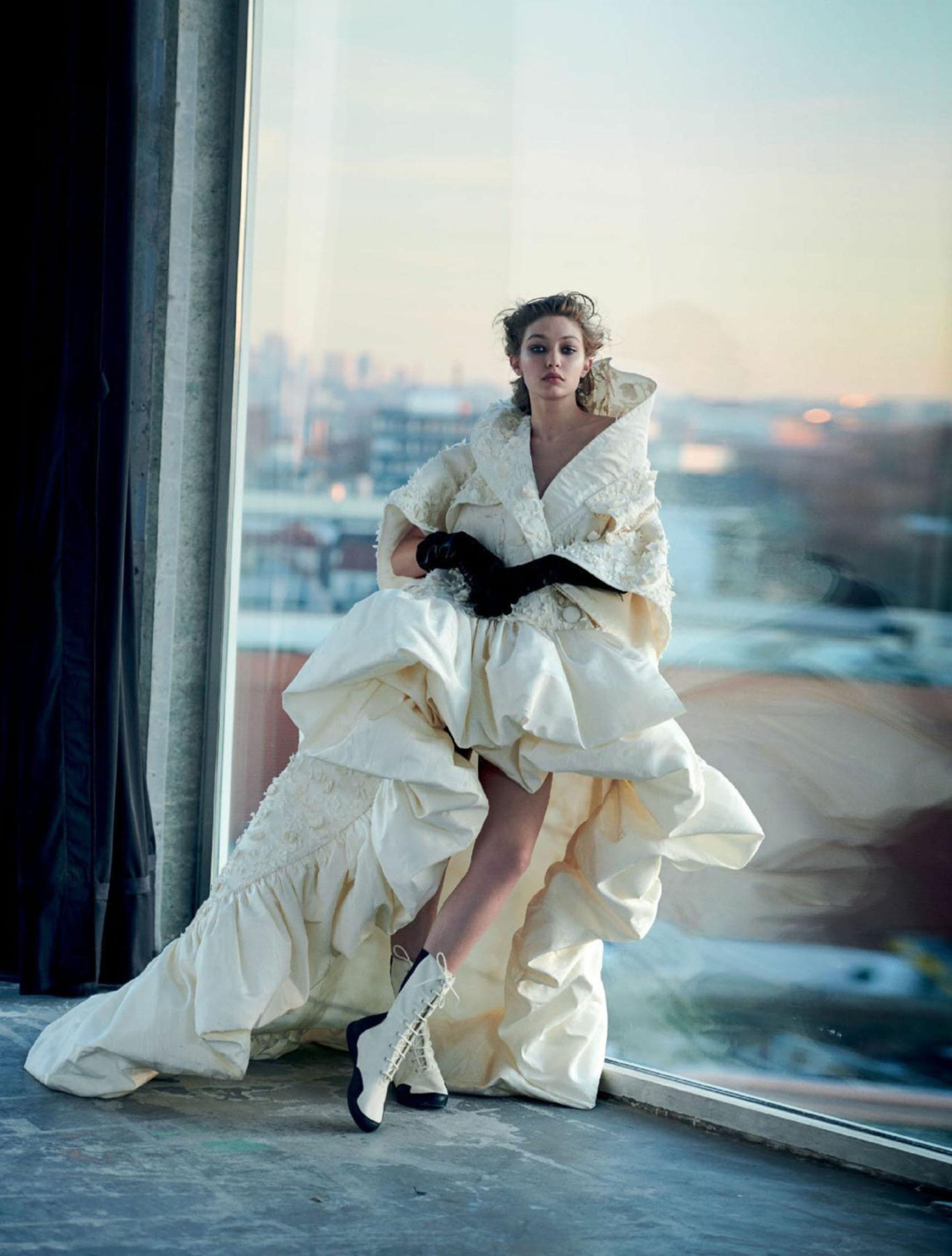 Джиджи Хадид в журнале Vogue Arabia, март 2019 / фото 15