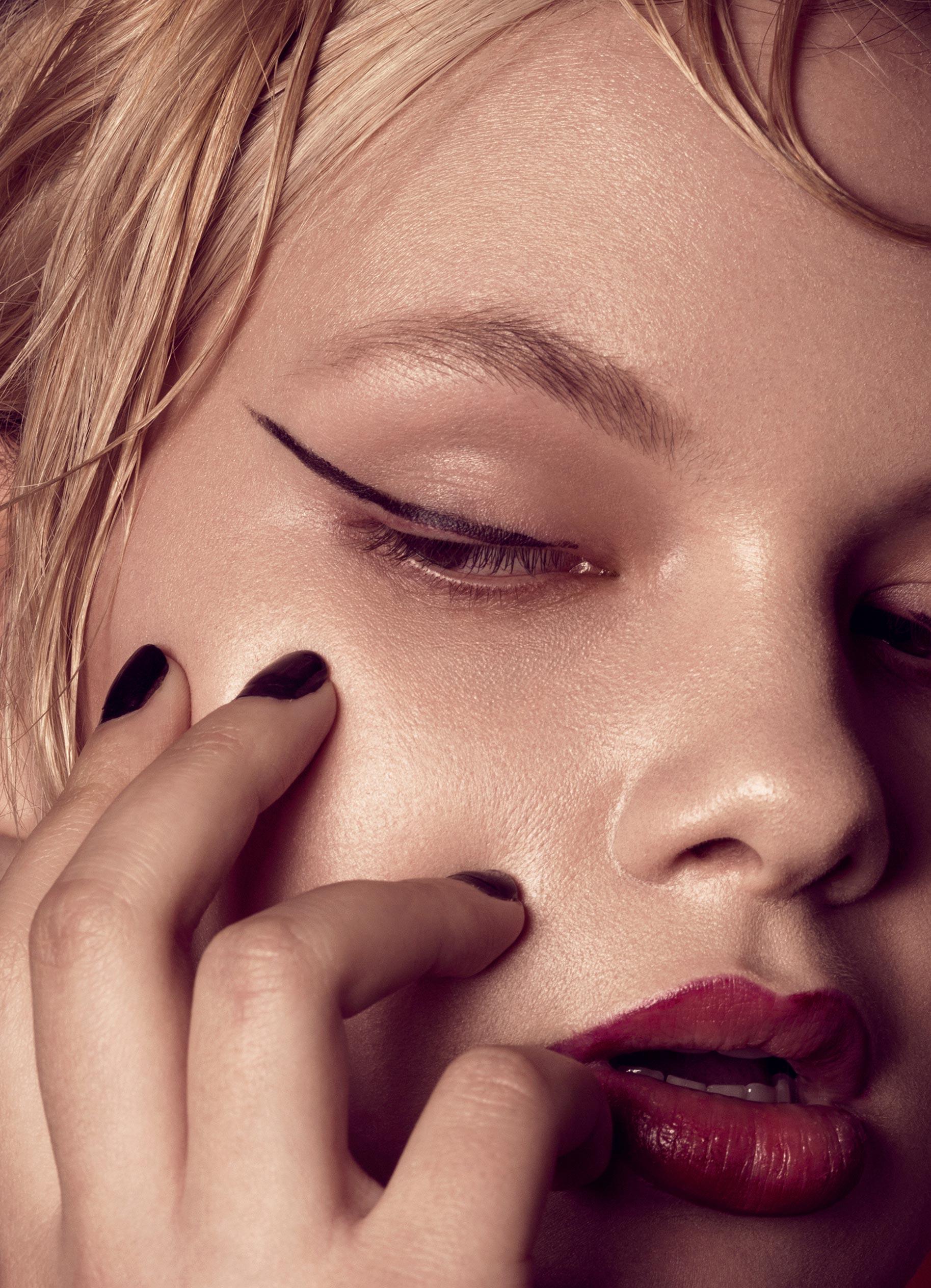Нестандартный макияж Вероники Линн / фото 03