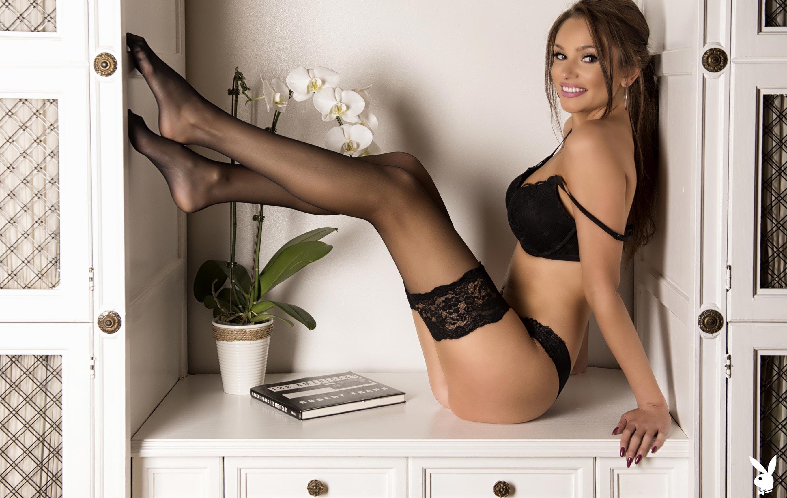 Хейли Миган - Девушка месяца Playboy Чехия, март 2018 / фото 01