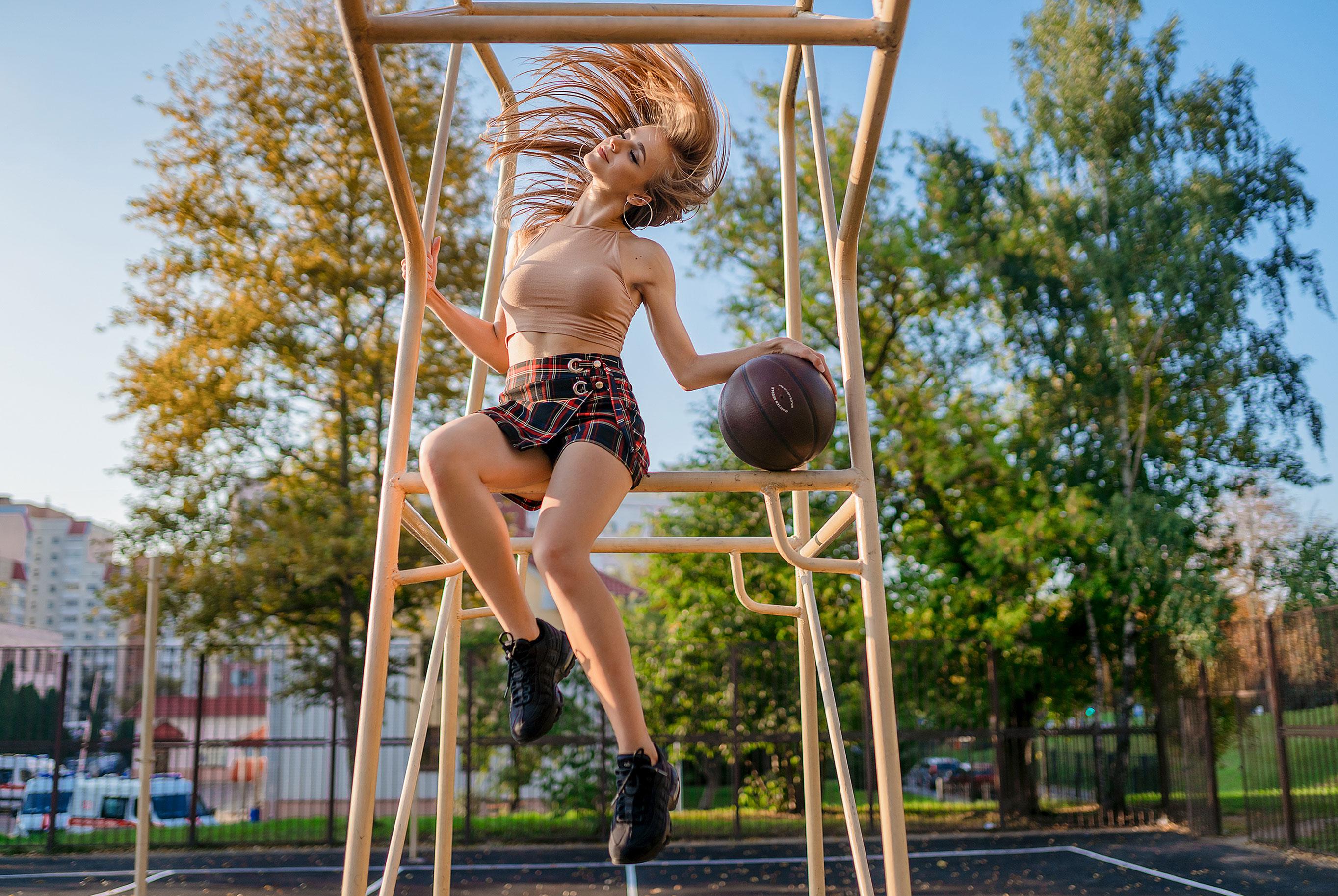Играем в баскетбол со Светой / фото 02