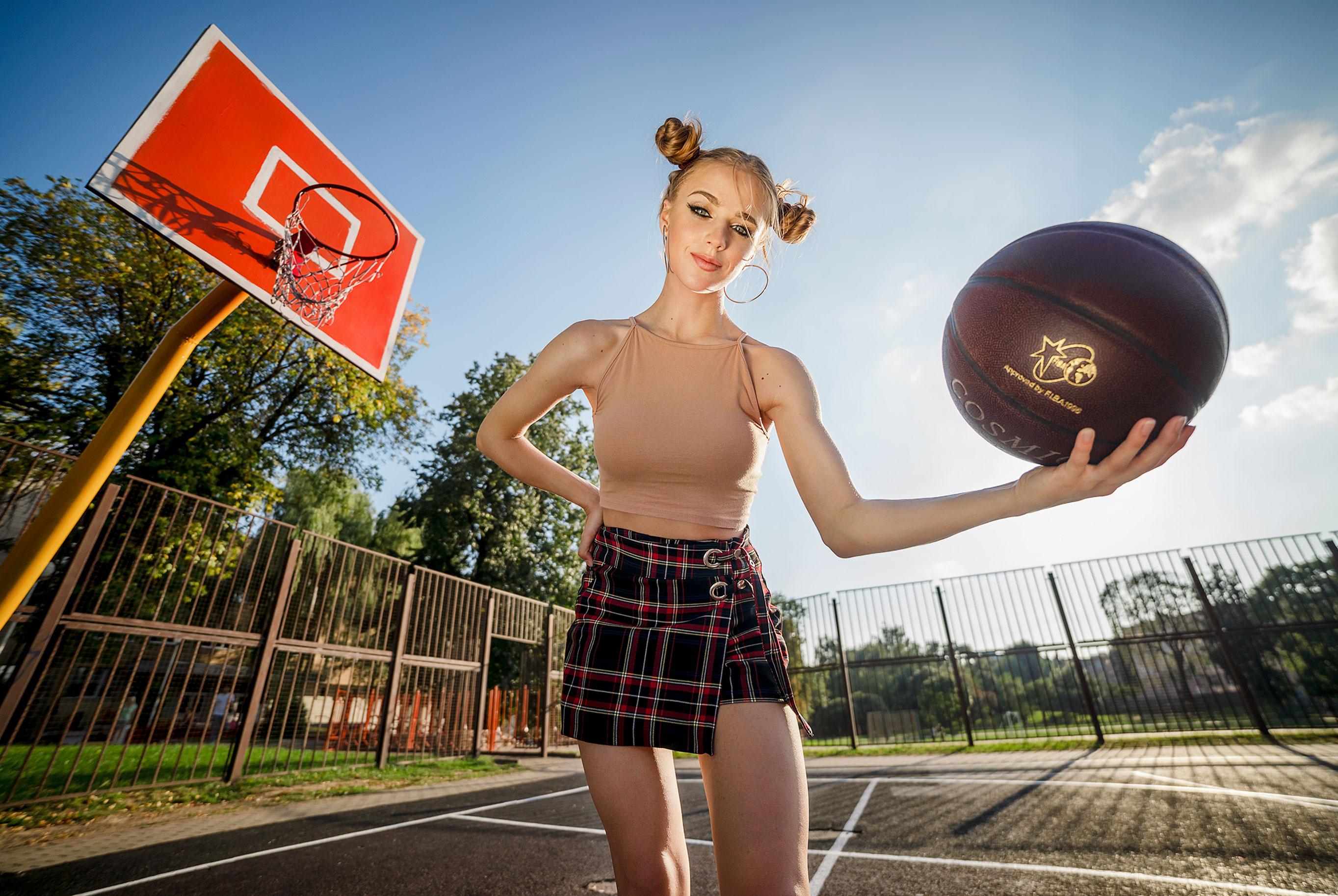 Играем в баскетбол со Светой / фото 03