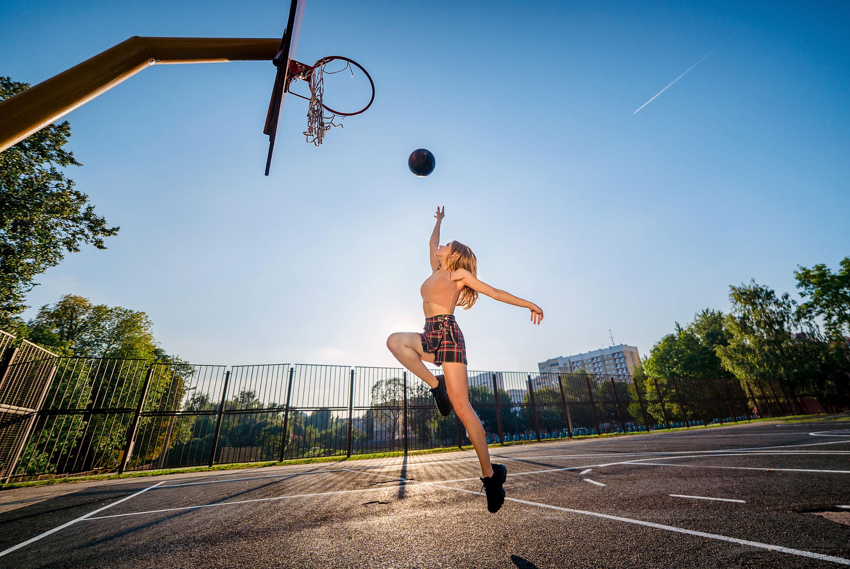Играем в баскетбол со Светой / фото 10
