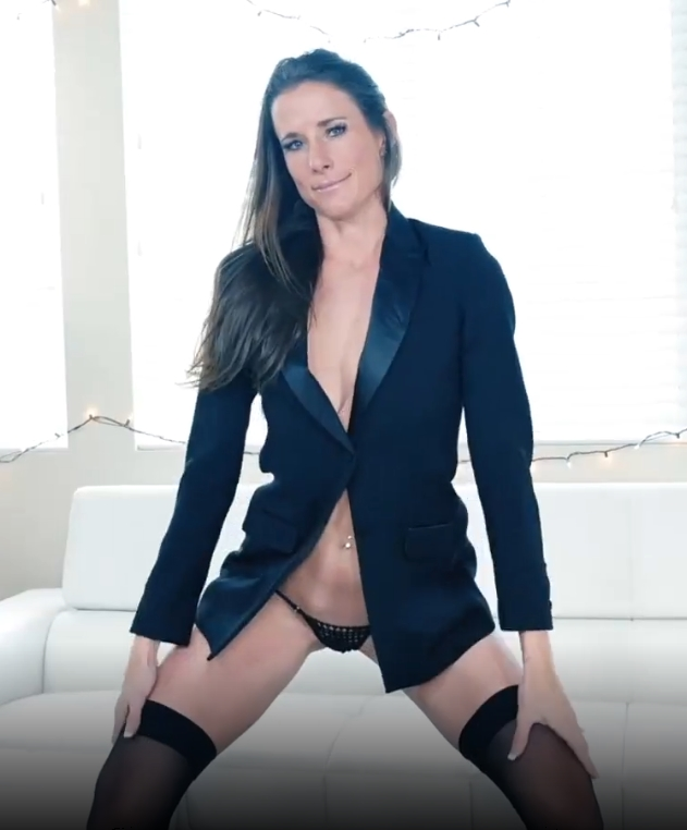 Fit MILF Sofie Marie Takes Cock after Pussy Play with Dildo!