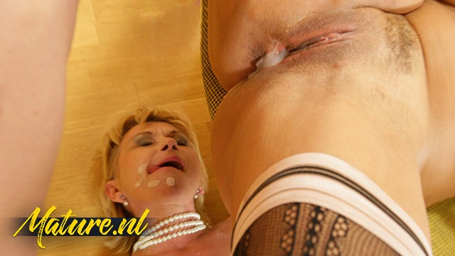 UNKNOWN - Lucky Guy Gets Shared by two Horny Girlfriends & Creampies them!: 206 MB: FullHD 1080p - [CreampieMyStepmom]