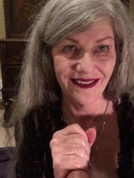 [MaXXXimumMilf] - MaXXXimumMilf - Romantic Eye Contact Red Lipstick MILF Submissive ASMR CIM BJ Ends with Throatpie for Sexy GILF! (2021 / HD 720p)