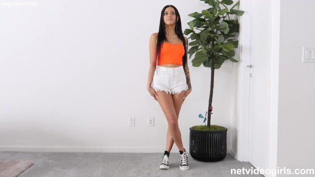 Latina: With OF COURSE a great ass fucks during her audition (FullHD / 1080p / 2021) [NetVideoGirls]