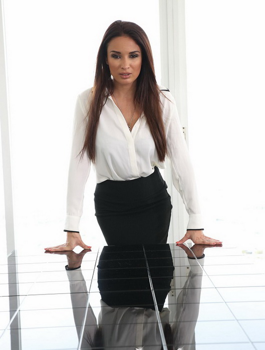 [PureMature] - Anissa Kate - Anissa's Anal Assistant (2021 / FullHD 1080p)