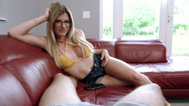 [CoryChase] - Cory Chase - Step Mom Wants to Have Sex after seeing My Big Cock (2021 / FullHD 1080p)