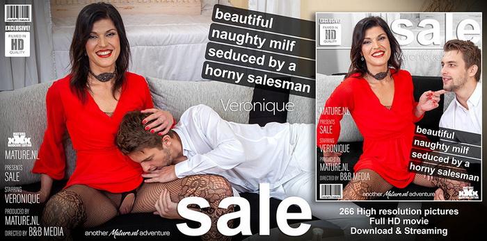 [Mature.nl] - Veronique (42) - Beautiful MILF Veronique has a young salesman over (2021 / FullHD 1080p)