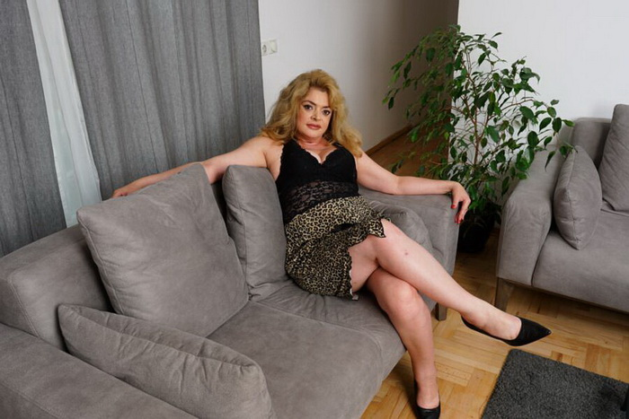 [Mature.nl] - Helena Jonic (45) - She's every toyboys wet dream because she does anything you'd desire! (2021 / FullHD 1080p)