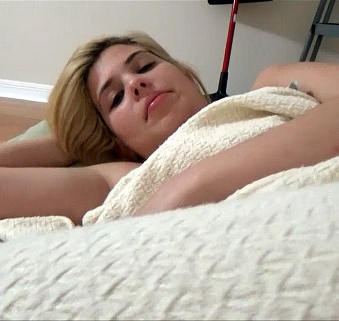 [Family Therapy/Clips4Sale] - Rikki Rumor - Past Due (2021 / HD 720p)