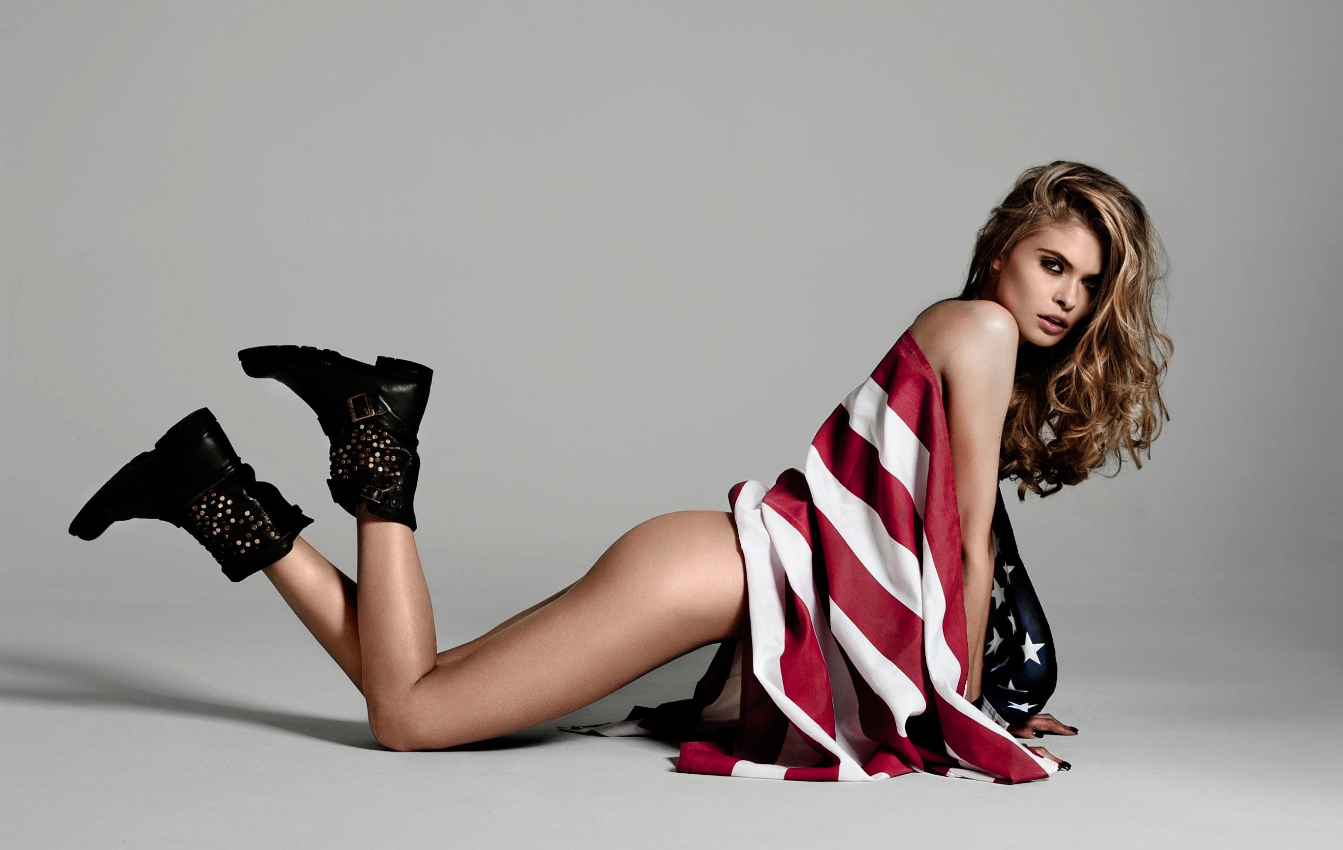 Анна Руденко и американский флаг / фото 01