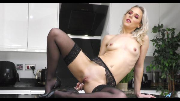 Anilos – Lucy Willow Cum With Me