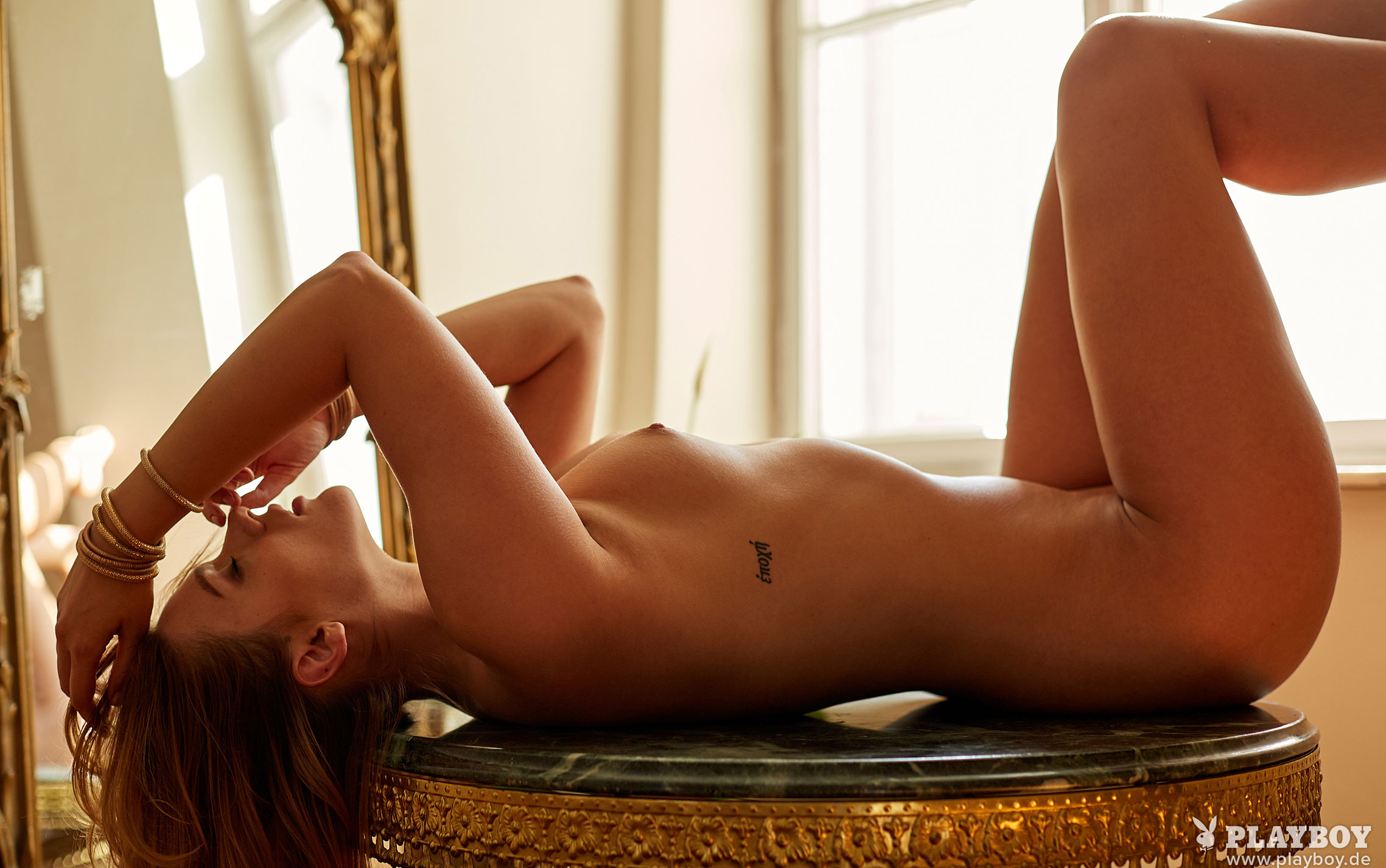 Девушка месяца Playboy Германия декабрь 2019 - Лена Беднарска / фото 09