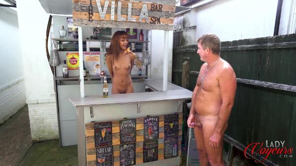 Lady Voyeurs – Bluelah Naturist Bar